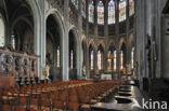 Collegiale Sint-Waltrudiskerk